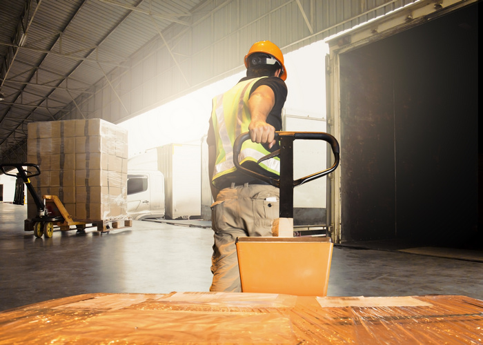 071921 How to Improve Manager-Worker Engagement in the Warehouse BLOG